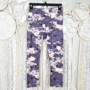 Reebok Womens High Rise Purple Pink Floral Capri